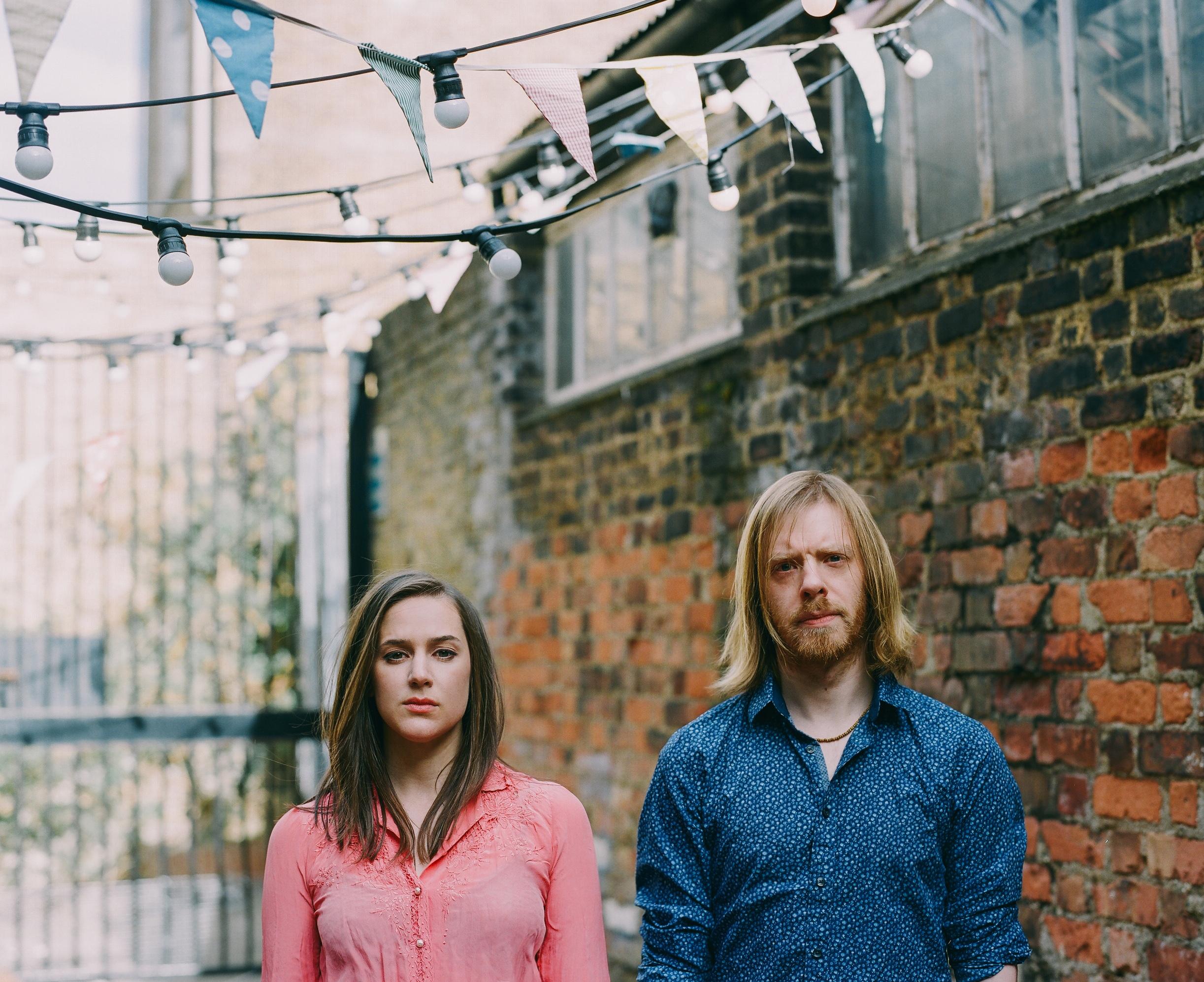 UK folk duo Josienne Clarke & Ben Walker debut Australian performances